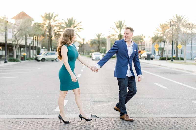 Couple dating each other in Jacksonville
